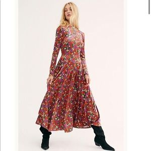 ✨Free People Heartland Floral Velvet Maxi Dress✨